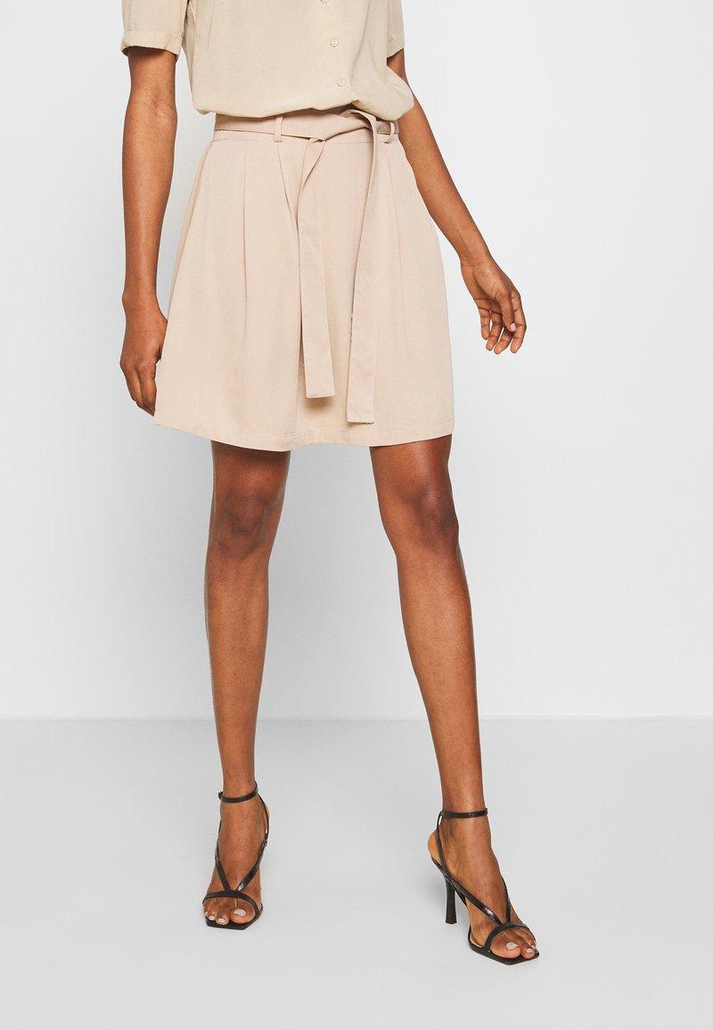 Vila - VIVERO SHORT SKIRT - A-line skirt - beige