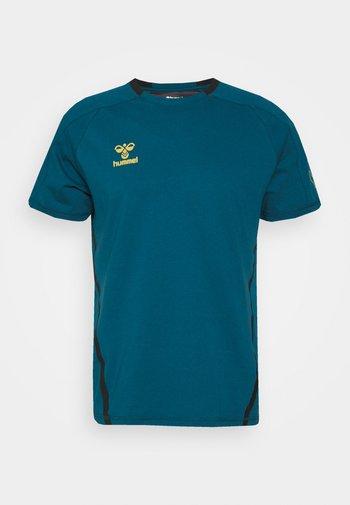CIMA XK  - Print T-shirt - blue coral