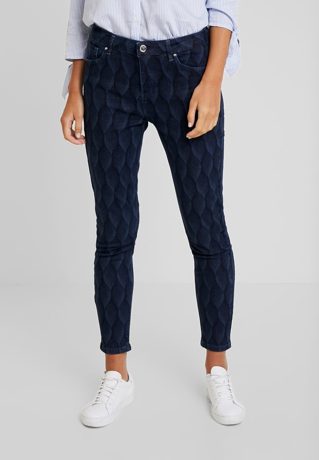 PRINTED TROUSER - Slim fit -farkut - dark indigo