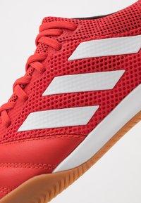 adidas Performance - COPA 20.3 IN SALA - Botas de fútbol sin tacos - action red/footwear white/core black - 5