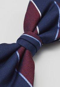 Tommy Hilfiger - STRIPE BOWTIE - Bow tie - red - 3