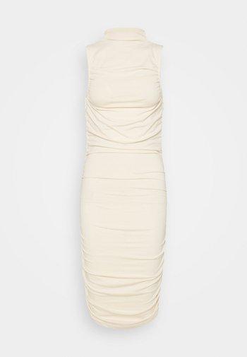 GATHERED SLEEVELESS DRESS - Žerzejové šaty - light beige