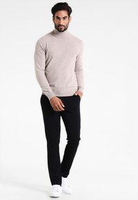 Benetton - BASIC ROLL NECK - Jumper - beige - 1