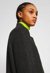 Vero Moda - VMBRUSHEDKATRINE  - Krótki płaszcz - dark grey melange - 3