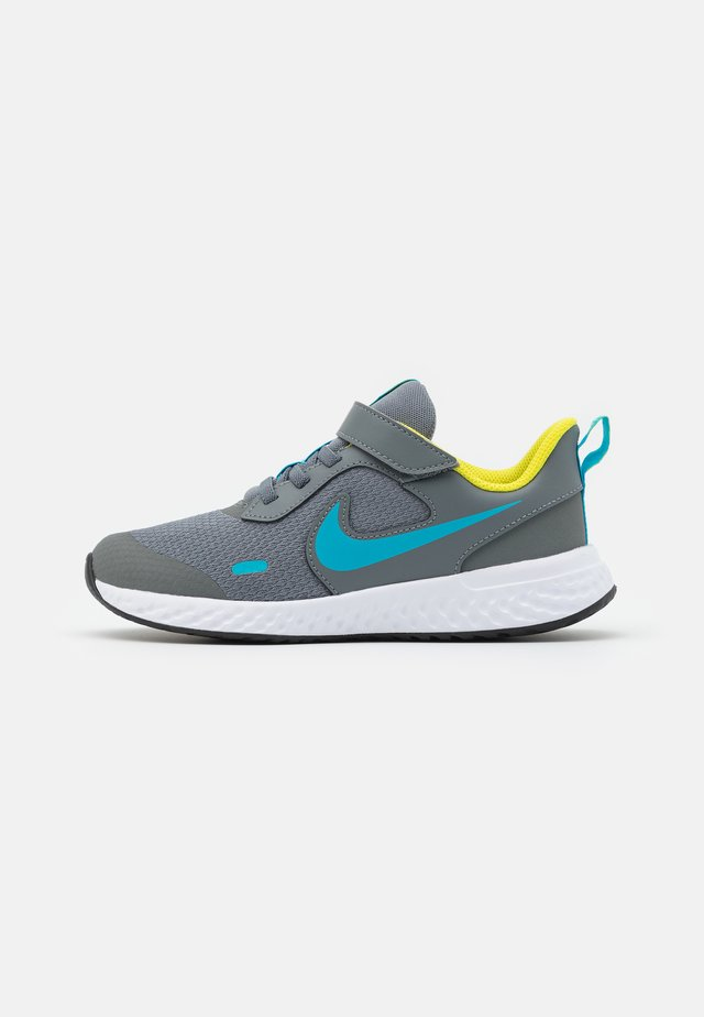 REVOLUTION 5 UNISEX - Scarpe running neutre - smoke grey/chlorine blue/high voltage/white