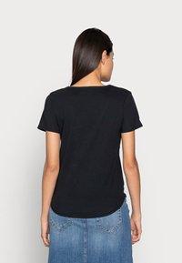 Abercrombie & Fitch - WHOLESALE 3 PACK - T-shirt - bas - black/black/ white - 3