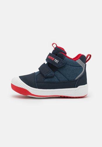 PASSO UNISEX - Hiking shoes - navy