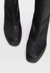 Stradivarius - High heeled ankle boots - black - 2