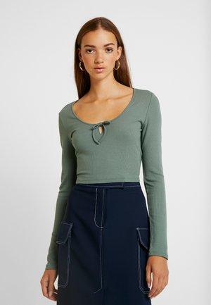 SVEA - Long sleeved top - khaki
