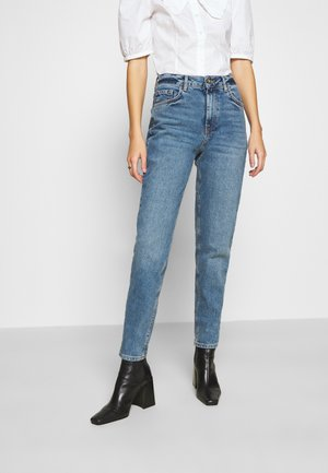PCLEAH MOM - Vaqueros boyfriend - medium blue denim