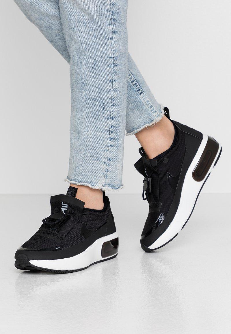 Nike Sportswear - AIR MAX DIA - Sneaker low - black/anthracite/summit white