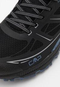 CMP - HAPSU NORDIC WALKING SHOE - Obuwie hikingowe - nero/lead - 5