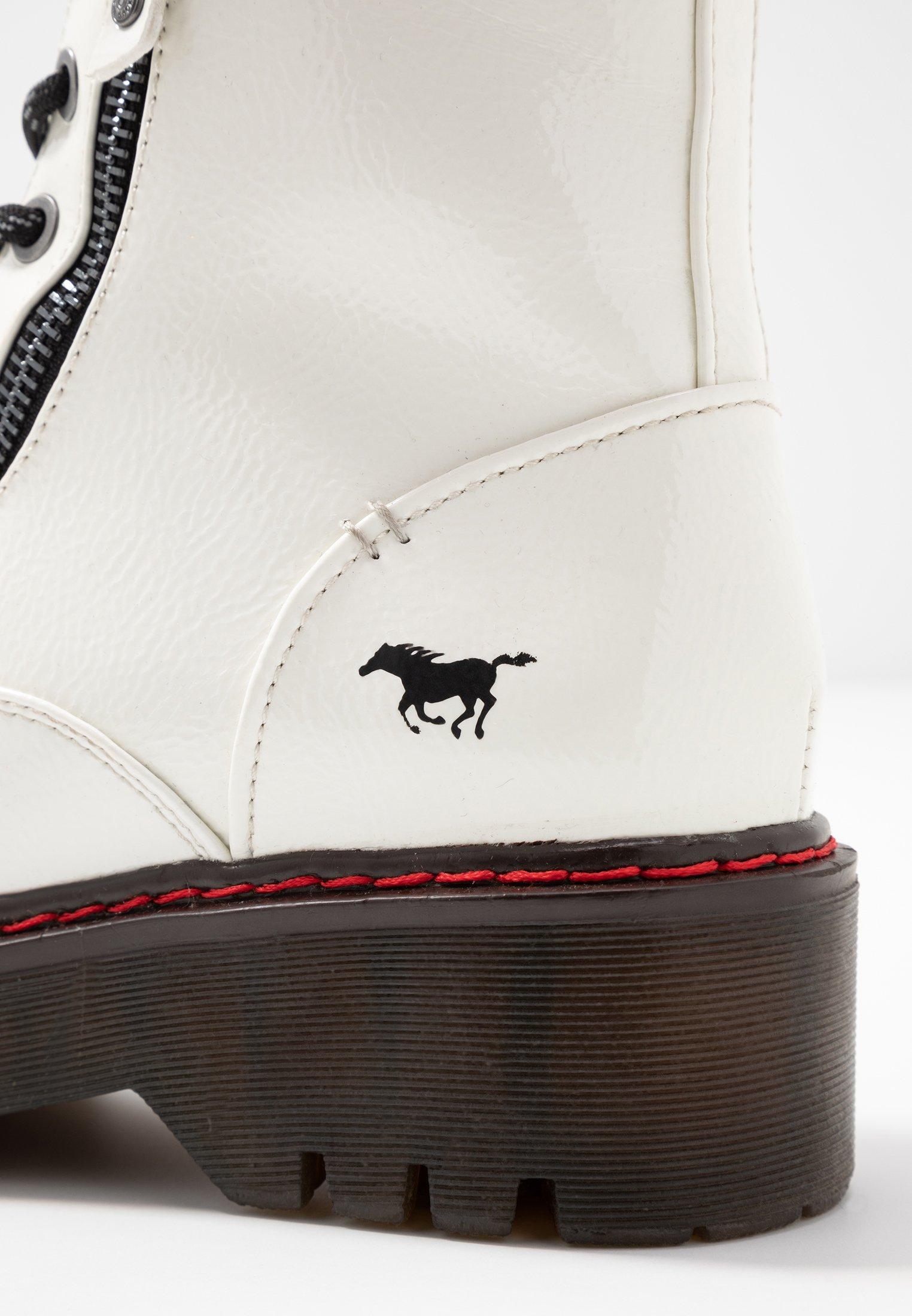 Mustang Plateaustiefelette weiß