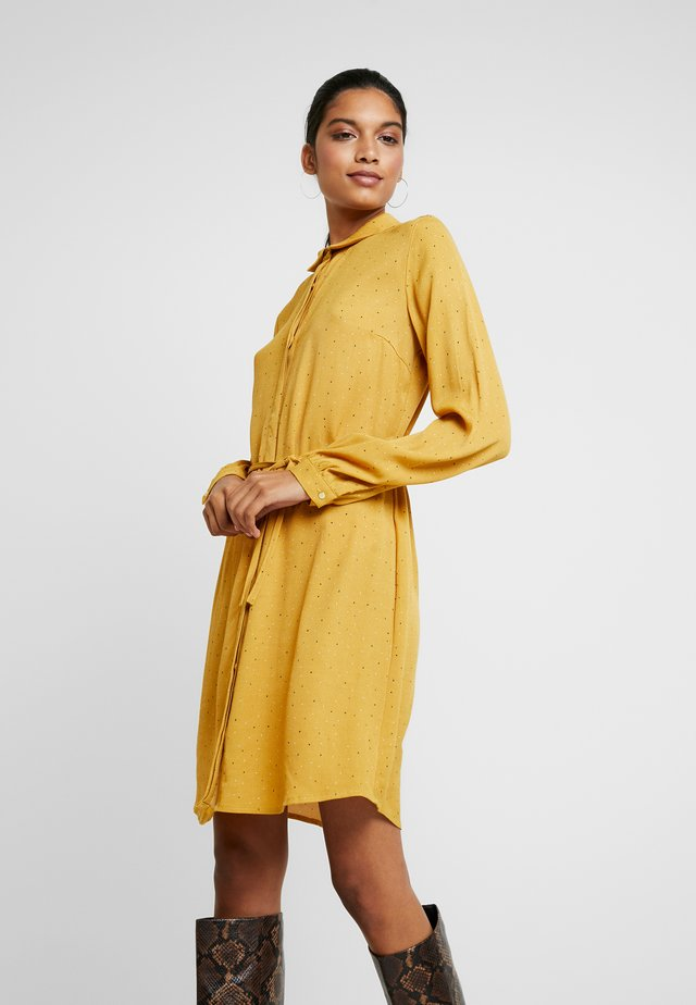 ANASTACIA PRINT DRESS - Sukienka koszulowa - yellow