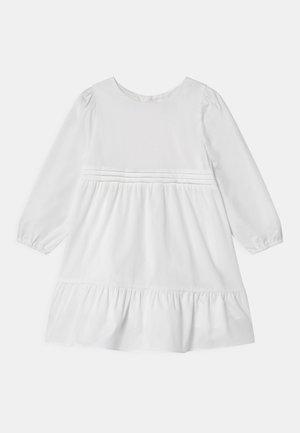 BRIONIA - Koktejlové šaty/ šaty na párty - bright white
