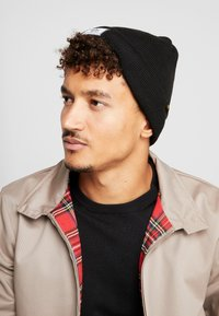 Alpha Industries - X-FIT BEANIE UNISEX - Mössa - black - 1