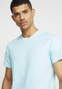 Levi's® - THE ORIGINAL TEE - Printtipaita - clearwater - 3