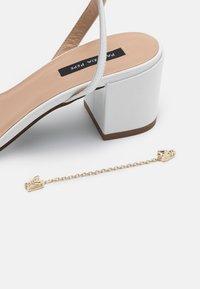 Patrizia Pepe - Sandals - bianco - 4