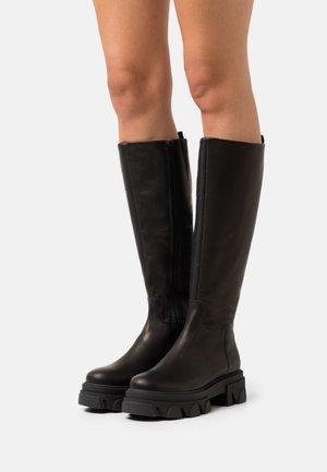 MANA - Platåstøvler - black