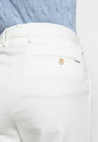 Polo Ralph Lauren - SLIM LEG PANT - Pantalones - warm white - 6