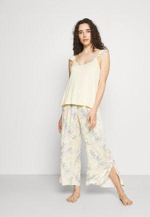 Pyjama - yellow pastel