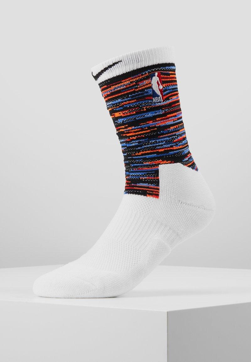 Nike Performance - NBA BROOKLYN NETS CITY EDITION CREW SOCK - Skarpety sportowe - white/black