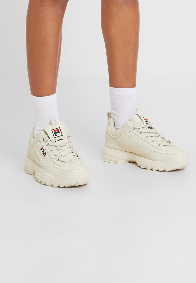 Fila - DISRUPTOR - Sneakersy niskie - antique white