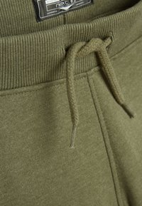 Next - KHAKI DINO SPIKE JOGGERS (3MTHS-7YRS) - Tracksuit bottoms - green - 2