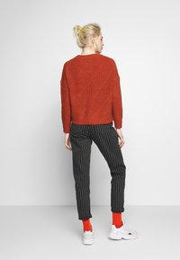 ONLY - ONLKANDICE - Jumper - picante - 2