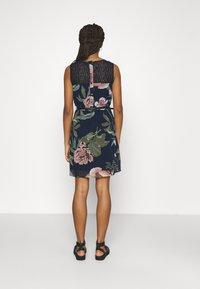 Vero Moda - VMKATNISS SHORT DRESS - Day dress - navy blazer/katniss - 2