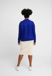 Dorothy Perkins Curve - LEAD IN STITCH - Stickad tröja - cobalt - 2