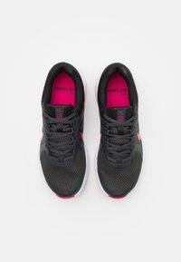 Nike Performance - RUN SWIFT 2 - Neutral running shoes - dark smoke grey/fireberry/black - 3