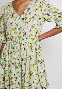 Pieces - PCCARLA DRESS - Kjole - pastel green - 4