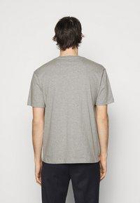 Bally - T-shirt imprimé - grigio melange - 2