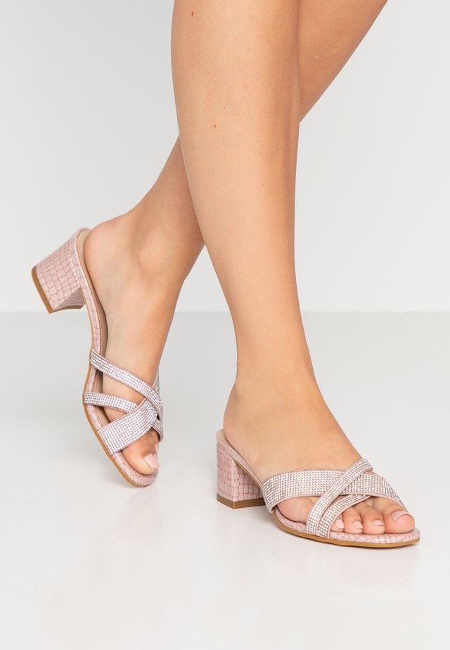 VENETIA - Sandalias - light pink