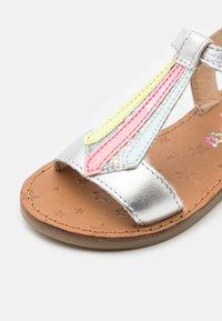 Shoo Pom - HAPPY TIE - Sandals - silver/multi fluo - 5