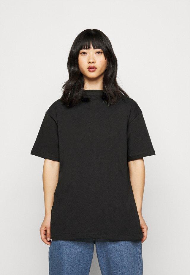 LIMEDROP SHOULDER OVERSIZED 2 PACK - T-shirt basique - black/camel