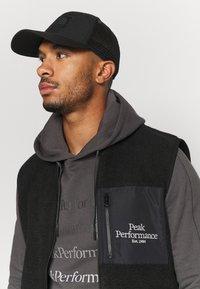 Peak Performance - GROUND HOOD - Sweatshirt - motion grey - 3