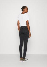 ONLY - ONLCARMEN LIFE - Jeans Skinny Fit - black - 2