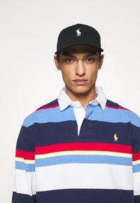 Polo Ralph Lauren - MODERN HAT UNISEX - Czapka z daszkiem - black - 0