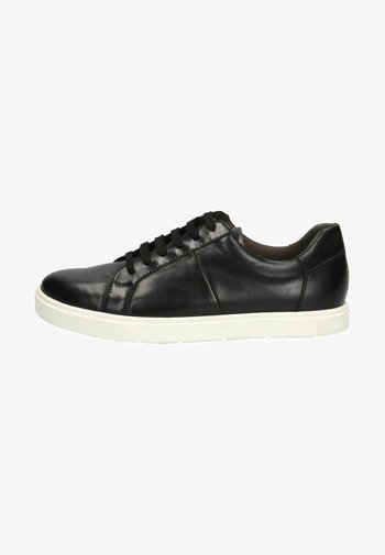 Trainers - black/wht sole