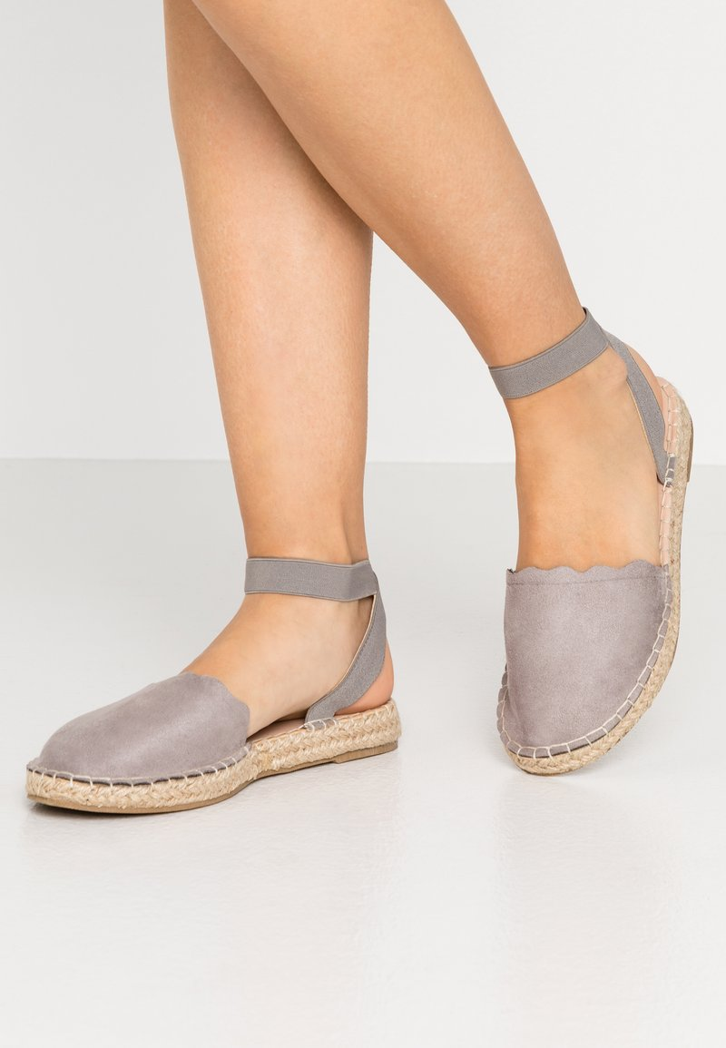 Dorothy Perkins Wide Fit - Loafers - grey