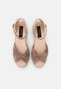 Gaimo - EZILDA - Platform sandals - taupe - 5