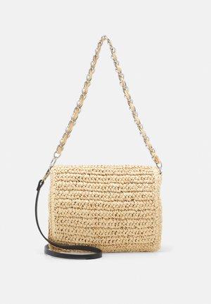 CROSSBODY BAG - Handbag - ecru