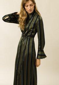 IVY & OAK - Day dress - dark olive - 2