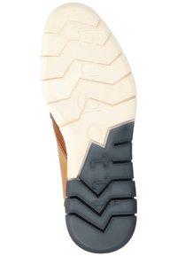 Bugatti - Elegantní šněrovací boty - cognac/sand - 4