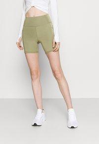 Cotton On Body - LIFESTYLE POCKET BIKE SHORT - Leggings - oregano - 0
