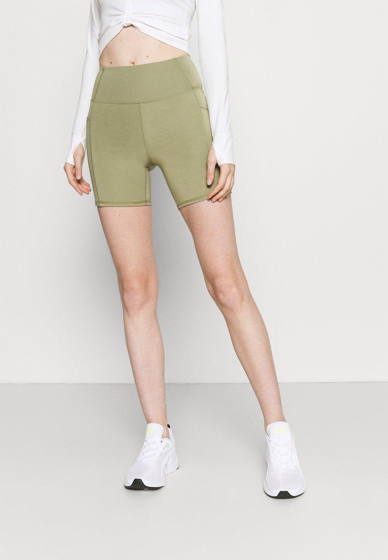 Cotton On Body - LIFESTYLE POCKET BIKE SHORT - Leggings - oregano