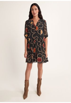Day dress - black quilted logo