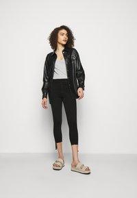 rag & bone - NINA ANKLE SKINNY - Jeans Skinny Fit - black - 1